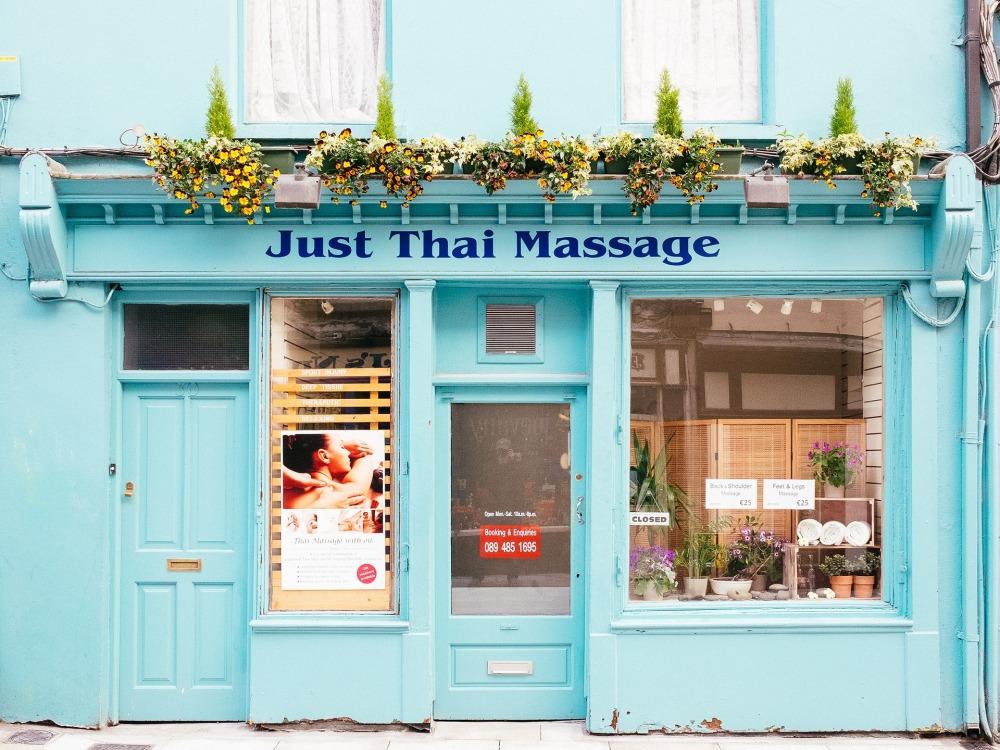 thai-massage-2371842_1920